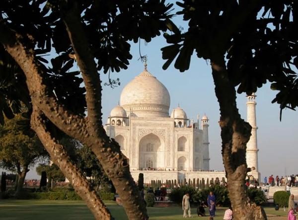 Taj Mahal ... by Spkr51
