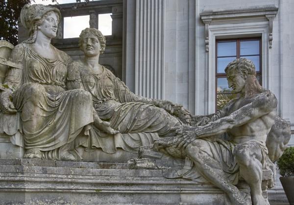 Minerva by Meditator