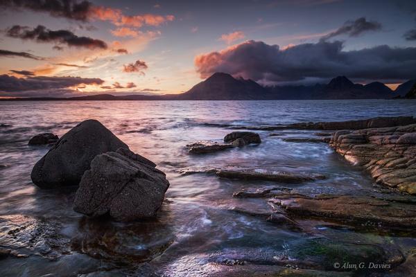 Last light at Elgol by Tynnwrlluniau