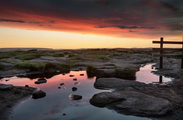Sunset Calm by Trevhas