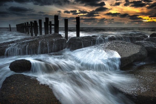 Past the Posts by chris-p