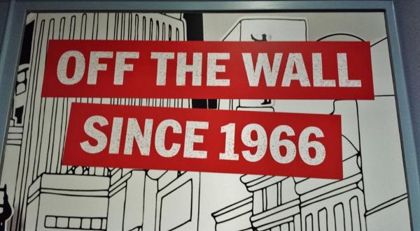 Strange wall signs... by Chinga
