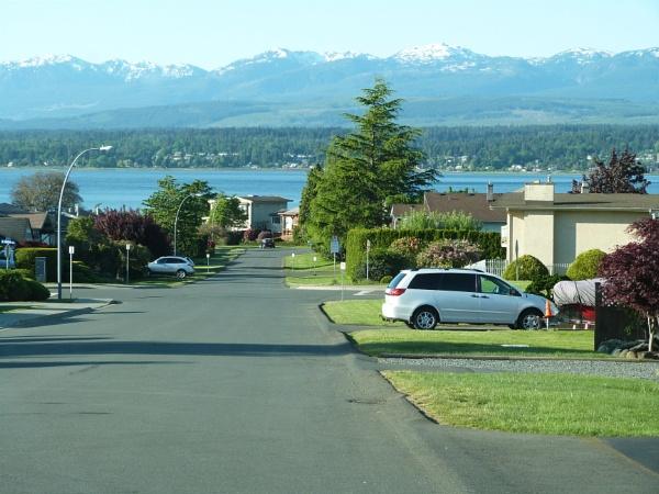 Most wide street in Comox by tonyguitar