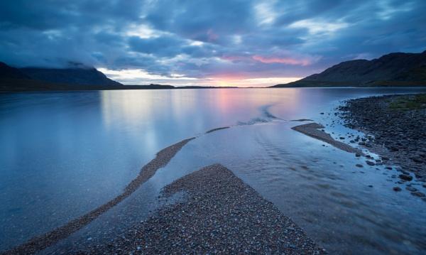 Fionn Loch by PaulHolloway