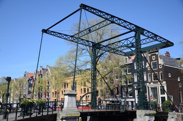Kloveniersburgwal Canal Iron Bridge by budapestbill