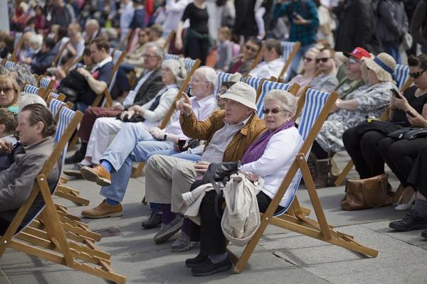 Before a parade in Trafalgar Square by EddieDaisy