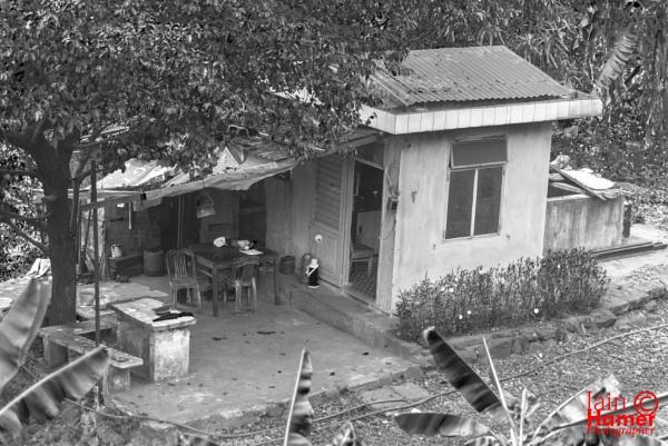 Rail workers hut by IainHamer