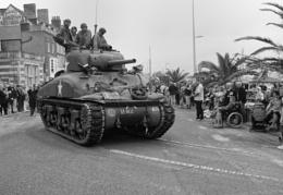 "Sherman Tank ""Havoc"", vets parade Weymouth"