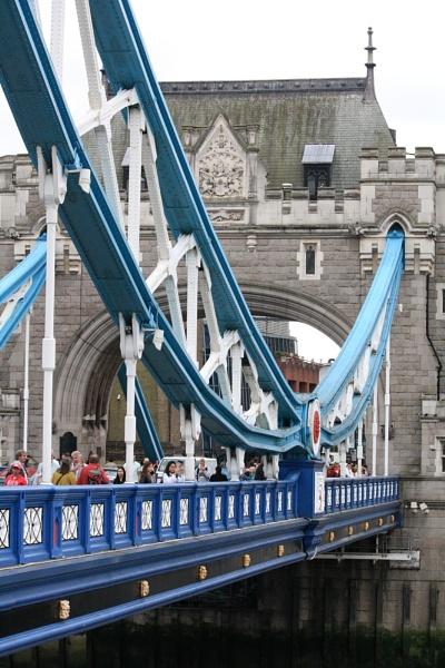 London bridge.. by sugavanam