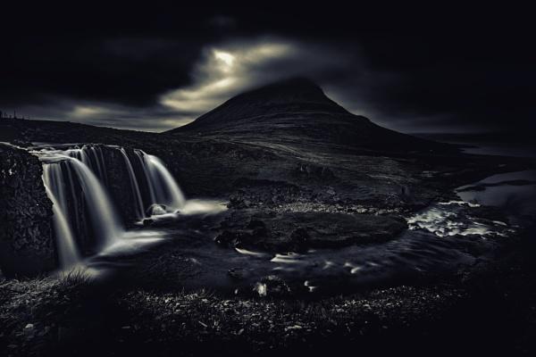 Kirkjufellsfoss, Iceland by stevewlb