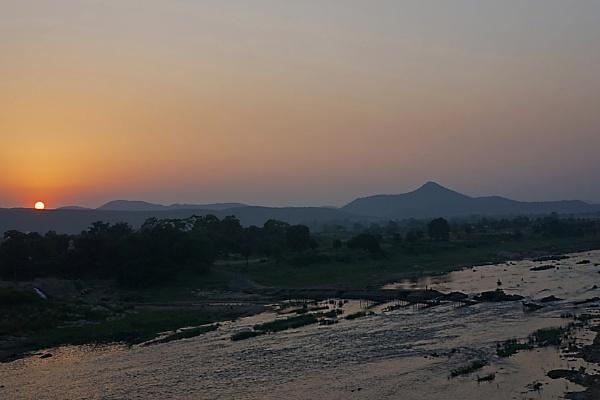 SUNSET AT GHATSILA by amitav