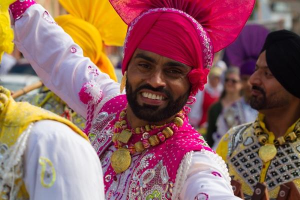 Sikh Bhangra Dancer by bobbyl