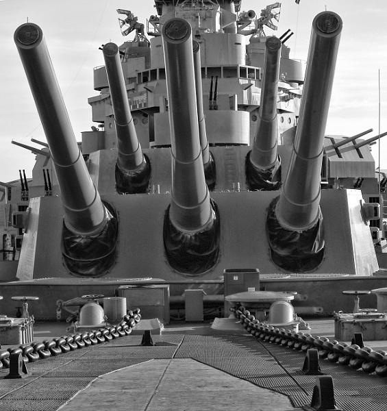 USS Alabama by jbsaladino