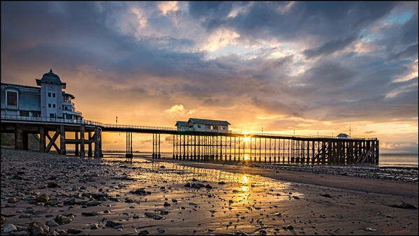Penarth pier by zapar40
