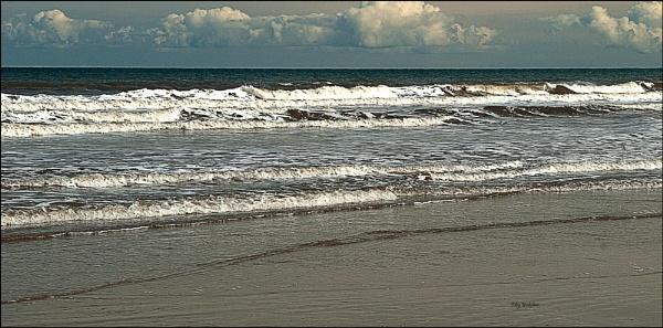 Cold North Sea -Filey by bigwheels