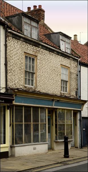 Shop Front - Bridlington by bigwheels