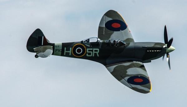 spitfire by arnieg