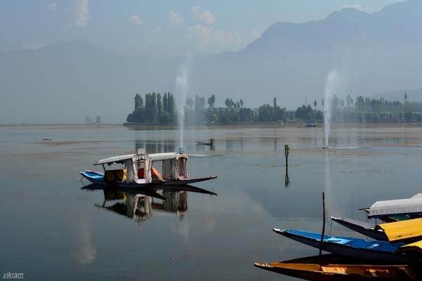 Dal Lake Srinagar by Bantu