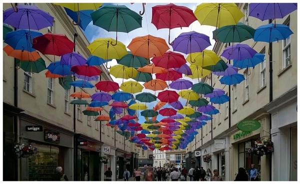 Rain is natureÂ's art; umbrella is manÂ's art. by dukes_jewel
