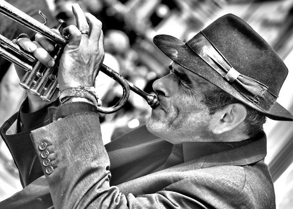 Street Musician by Phillbri