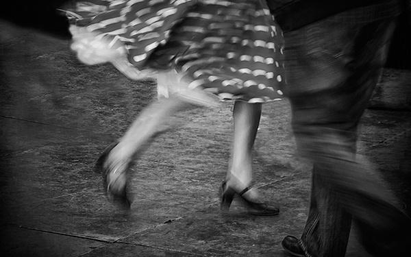 Dancing Feet by judidicks