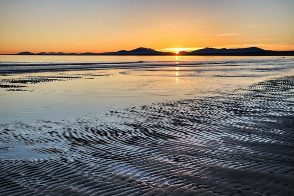Sunset on Harlech Beach by DanfromScotland