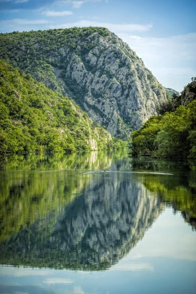 Mirror Mountain by Archangel72