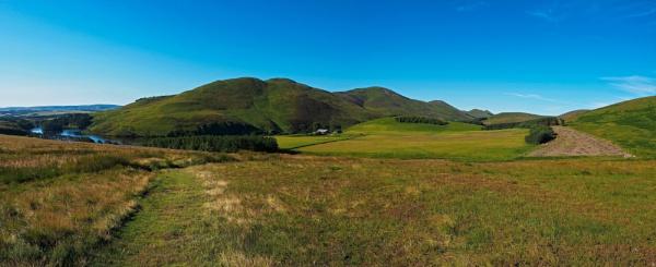 Bonaly To Balerno : (3)  The Pentland Ridge by photowanderer