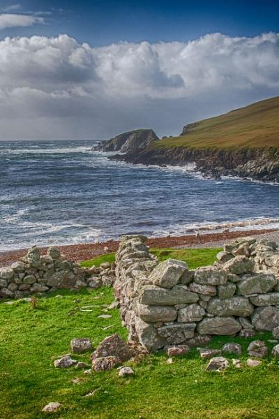 Voe of Dale - West Side of Shetland by lockeyb