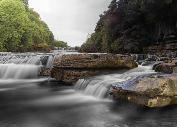 Aysgarth Lower Falls, Yorkshire Dales by matrix45