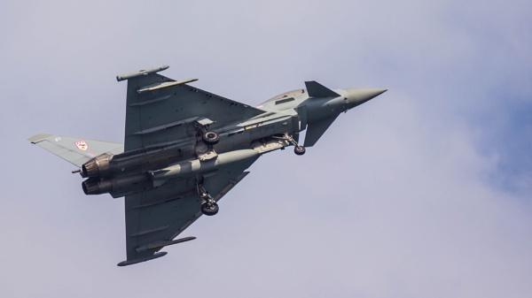 RAF Typhoon 35 - Typhoon FGR4 by Gordonsimpson