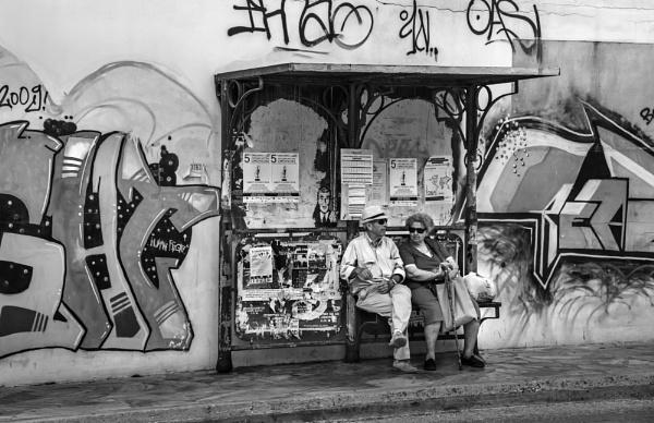 Graffiti in Syros by steebi