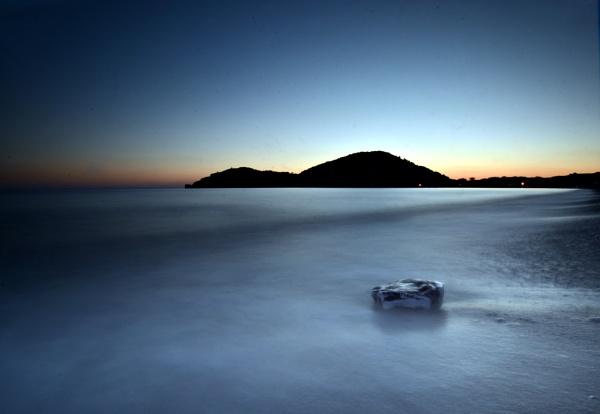 Beach. by ddunn