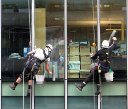 Syncronized Window Cleaning