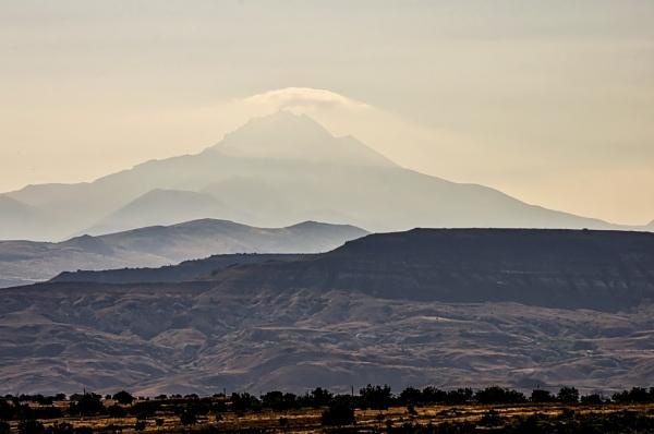Mount Hasan (Hasan Dagi) by nonur