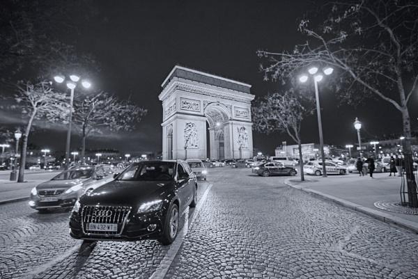 Arc de Triomphe by JayChristianson