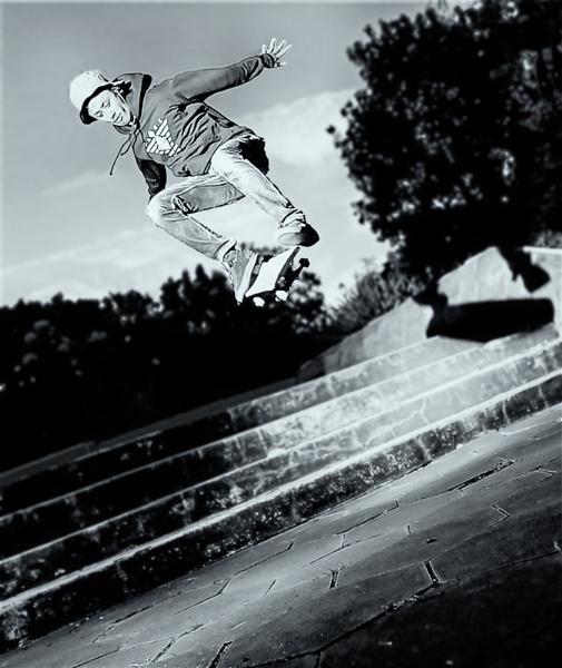 Skate Board. by WimpyIskandar