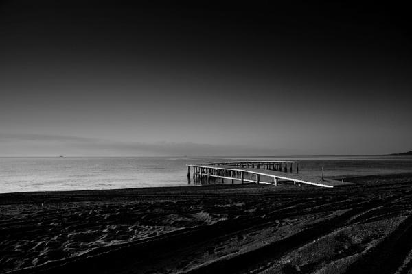 Pier at Dawn by optik