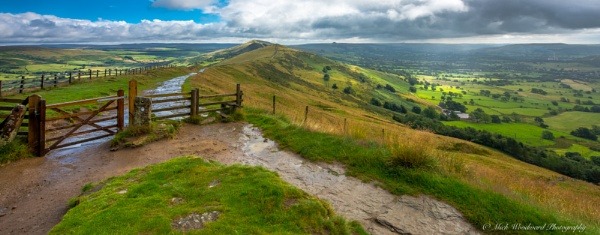 Mam Tor Light by kojak