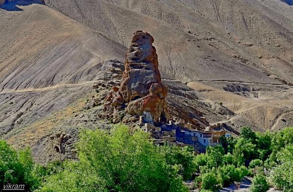 Leh Highway Monastery by Bantu