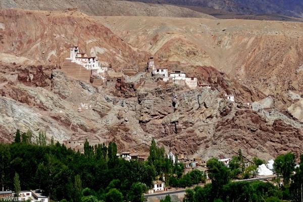 Leh Highway Monastery 2 by Bantu