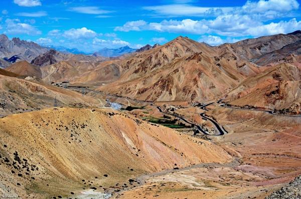A leh Highway Scene by Bantu