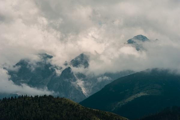Tatra Mountains by Igmugleza
