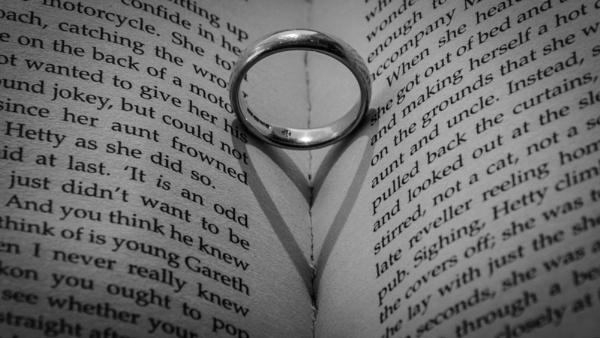 Wedding Ring Heart by dlm71