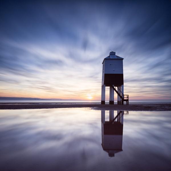 Burnham-on-Sea Low lighthouse by creativefocus