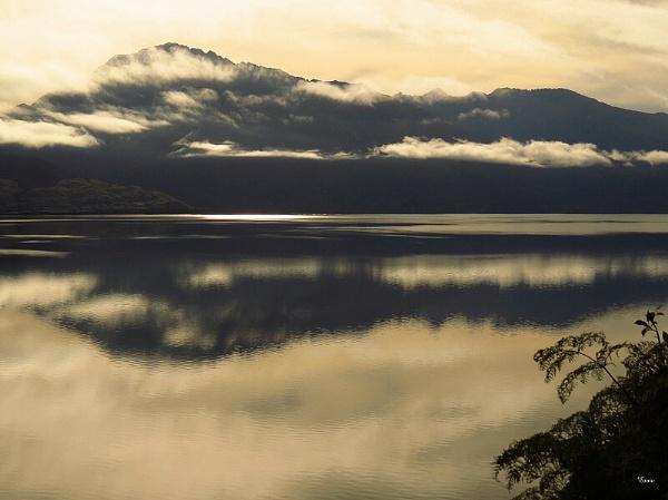Lake Wanaka 25 by DevilsAdvocate