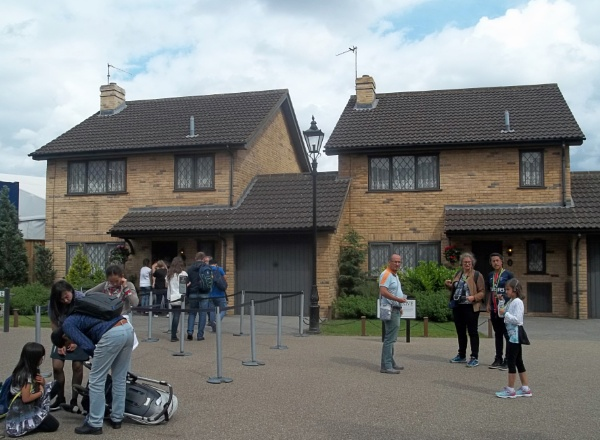 4 Privet Drive by Hurstbourne