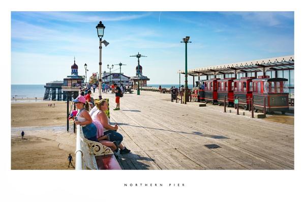 Northern pier by parallax