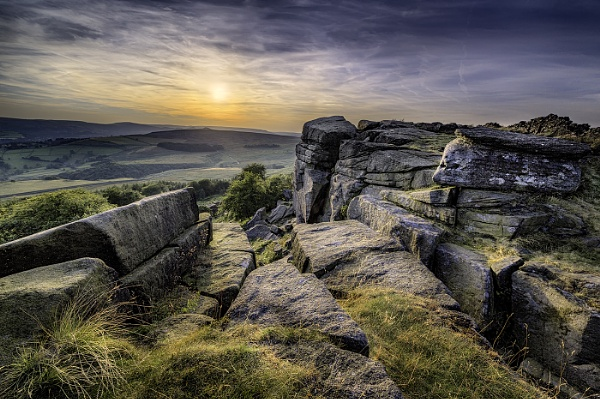 Stanage in Sunlight by DaveShandley