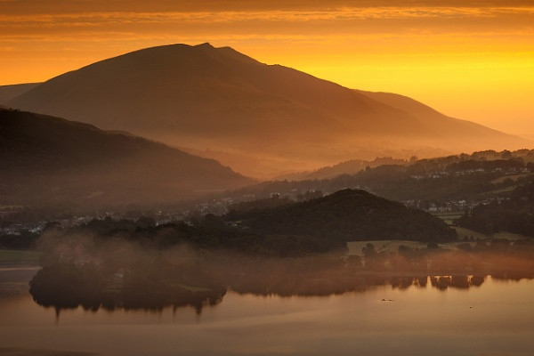 Sunrise from Catbells... by J_Tom